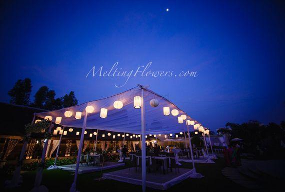 Photo of lanterns decor