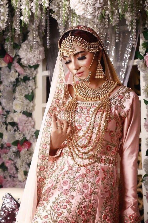 Photo of Bride in light pink Anarkali