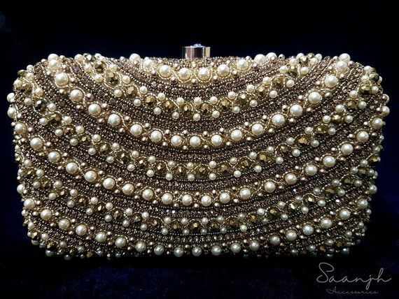 Photo of Pretty pearl clutch box for engagement party
