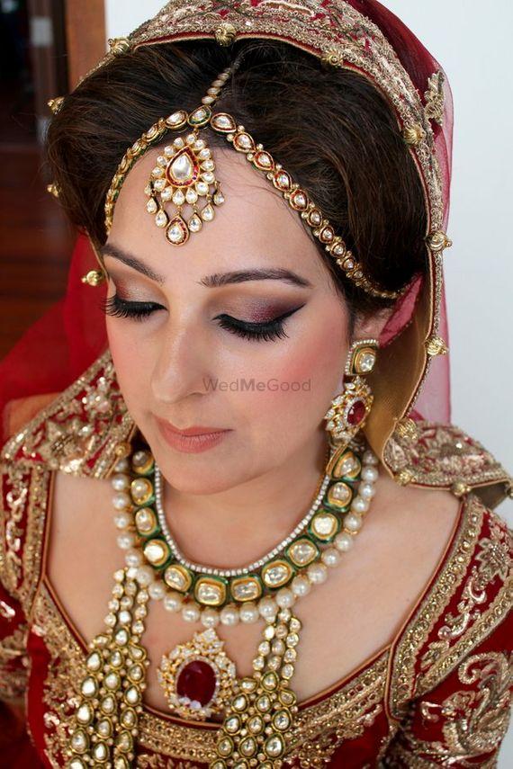 Photo of Polki Mathapatti with Polki Pearls Rani Haar