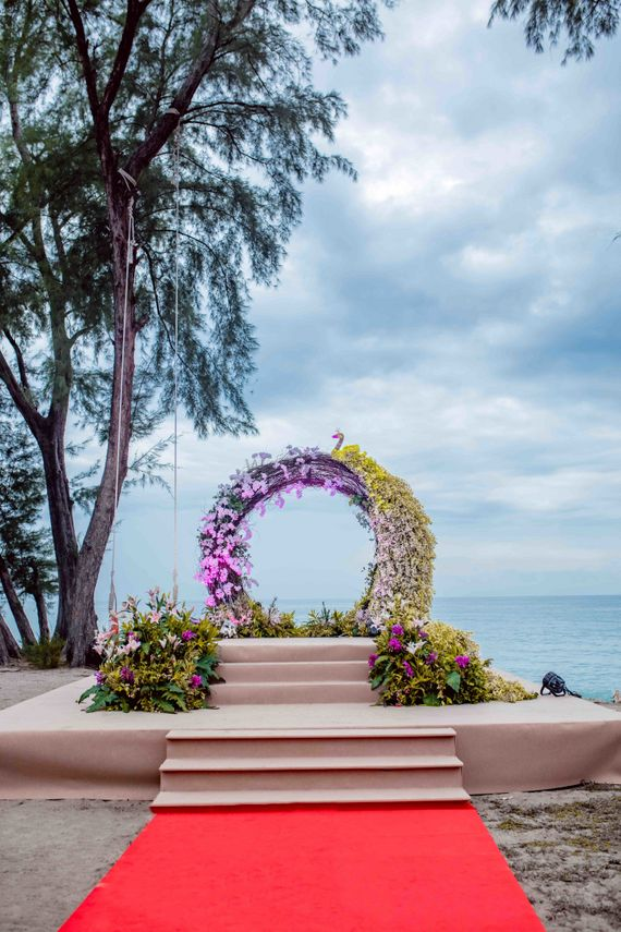 Photo of Floral wreath decor