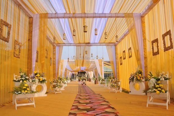 Photo of hanging lanterns and wooden frames entrance decor