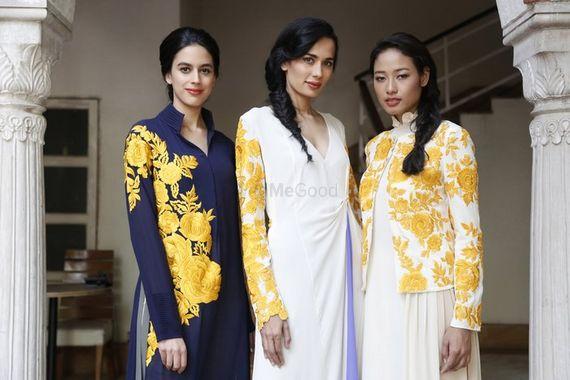 Photo of brides friends