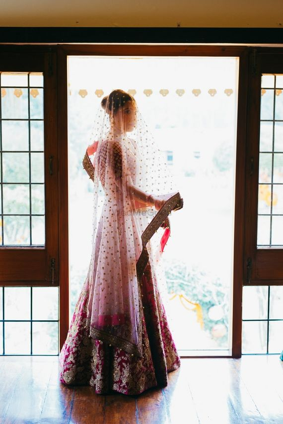 Photo of Gorgeous bride in veil