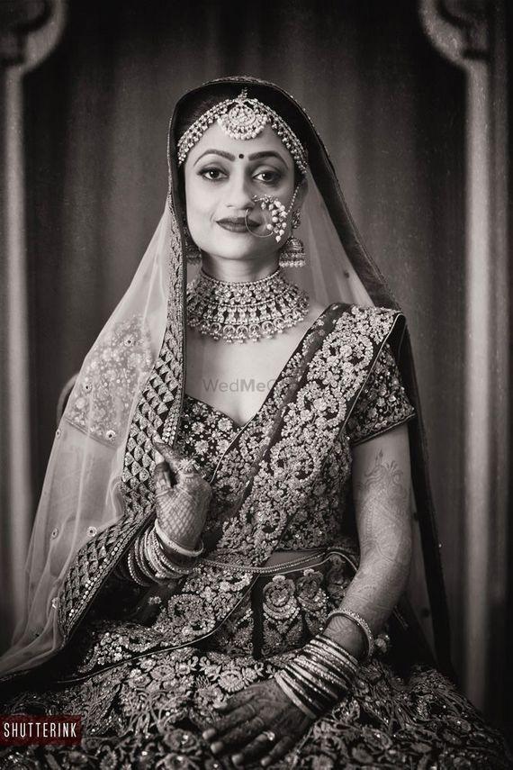 Photo of Black and white bridal portrait