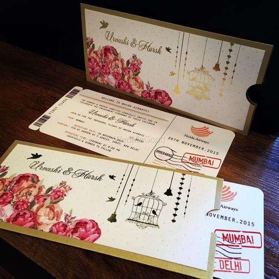 Photo of birdcage motif invitation cards