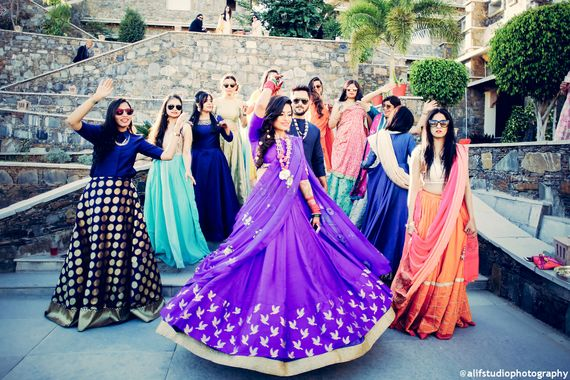 Orange Photography Photo bride with bridesmaids