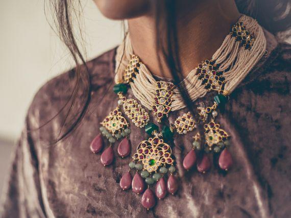 Photo of Coloured necklace for emehendi