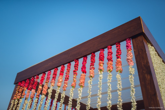 Photo of Hanging floral ombre strings