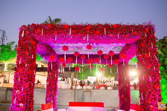 Photo of Mandap with red roses