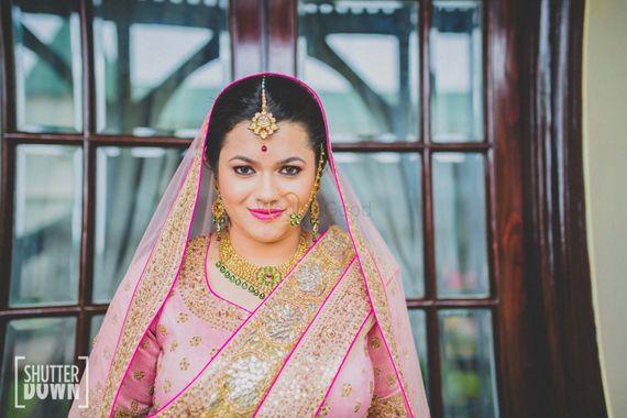 Photo of Light pink bridal makeup