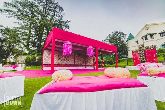 Bright Pink Decor Photo