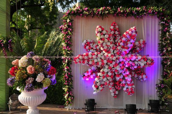 Photo of Floral arrangements decor