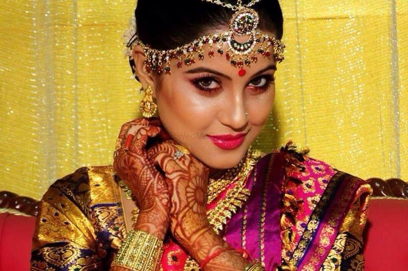 Mehndi Bride Makeup : Best bridal makeup artists in guwahati prices info reviews