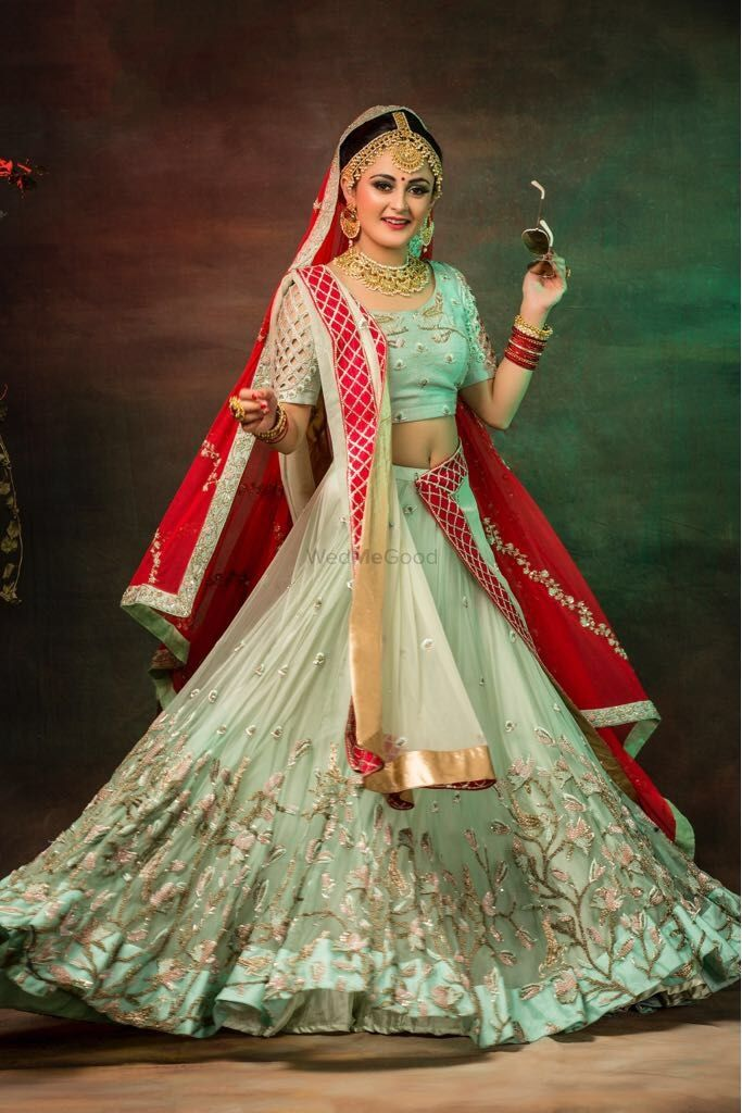 Photo of Pretty pastel lehenga with red dupatta