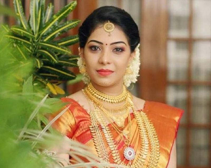 Sajith And Sujith Price Amp Reviews Bridal Makeup In Kerala