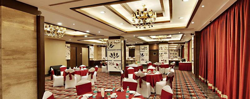 Palm green hotel and resorts gt karnal road banquet wedding palm green hotel and resorts gt karnal road banquet wedding venue in delhi ncr stopboris Gallery
