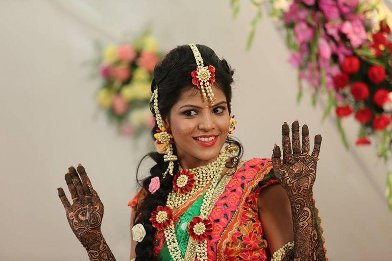 I Mehndi Flower Jewelry : Anoo flower jewellery price reviews wedding in