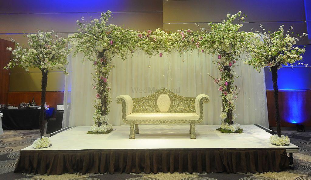Best wedding decorators in chennai prices info reviews marriage colours chennai junglespirit Choice Image