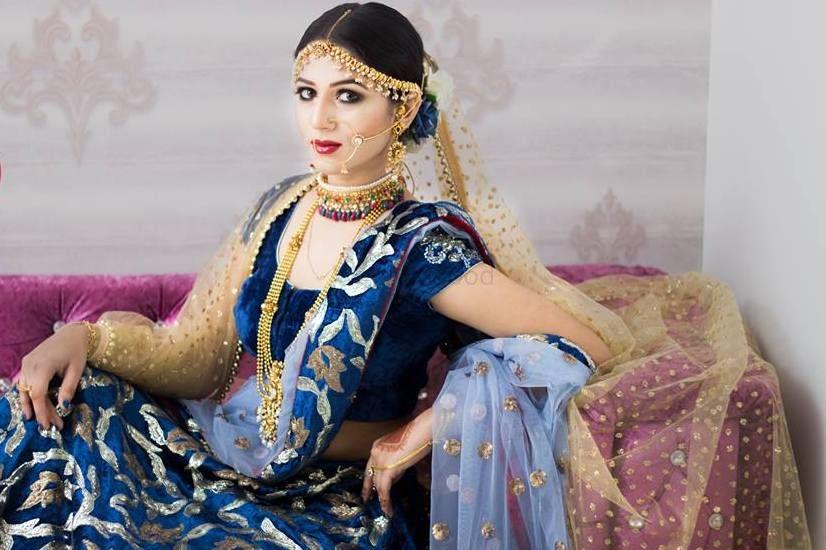 Archita banerjee wedding dress