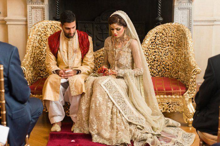 A  Breathtaking Pakistani Wedding with a regal charm !