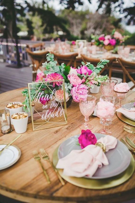 Acrylic Wedding Signages: The Biggest Decor Trend Of This Year!