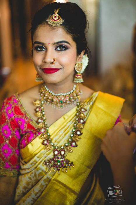 Pretty Bangalore Palace Wedding With A Traditional Bride!