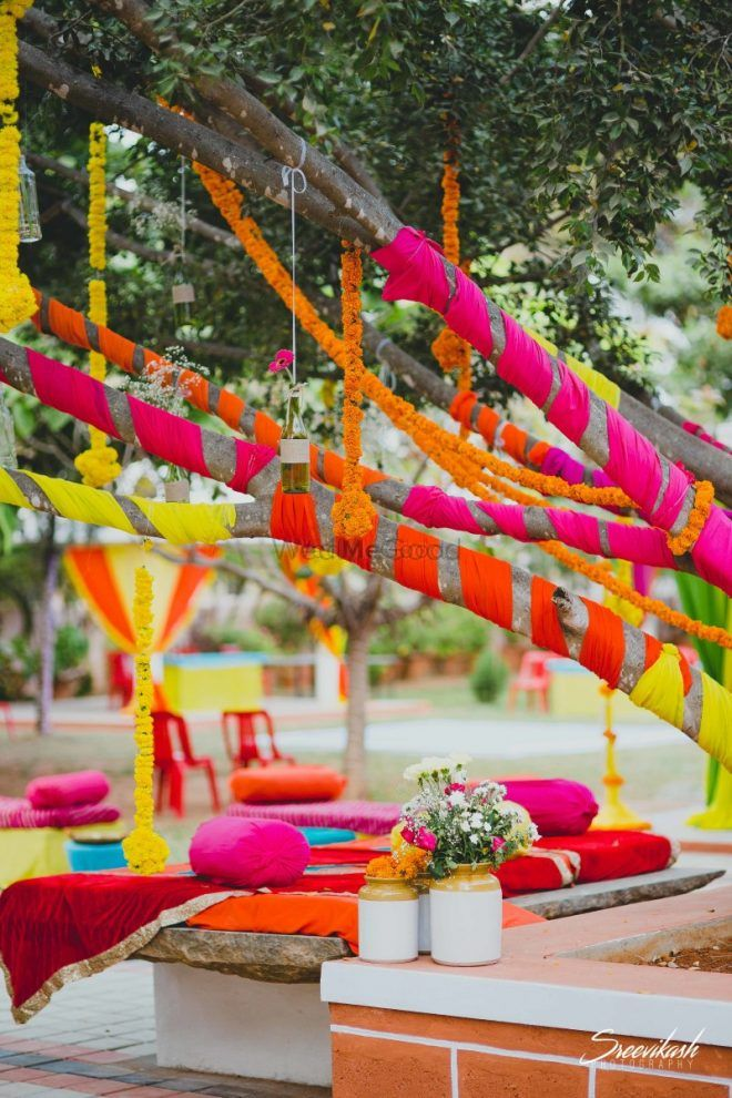 #LazyBridesUnite: The Easiest Mehendi Decor Hack We Spotted!