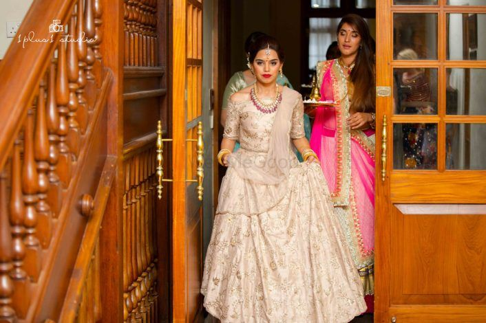Dreamy Destination Wedding In Colombo With Two Ceremonies!