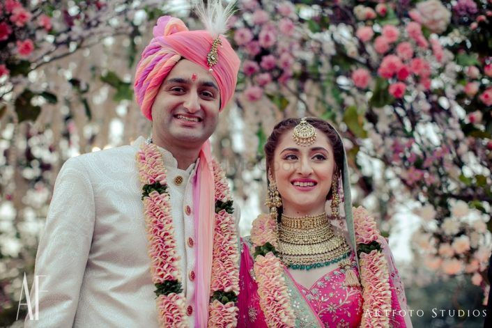Gorgeous Delhi Wedding With A Bride In Pink And Beautiful Florals!