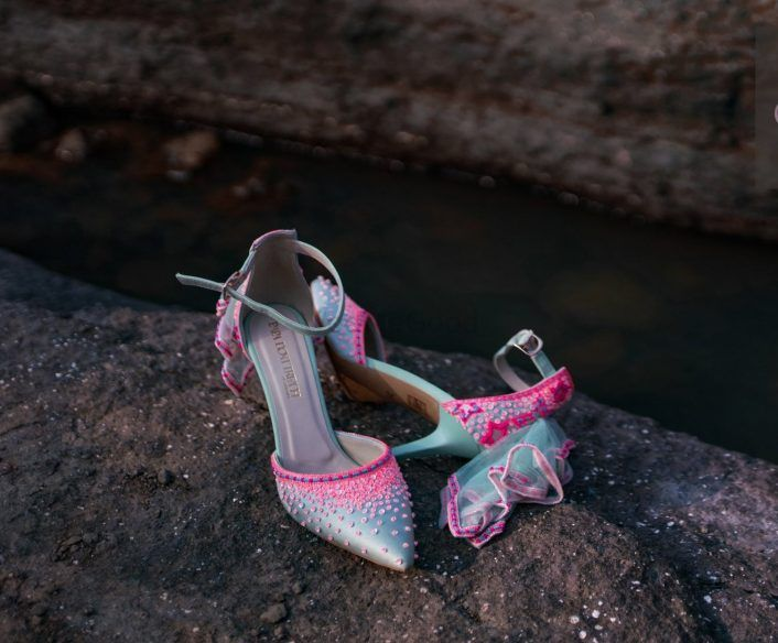 #Trending: Wedding Shoes With Little Tutus & Trails!