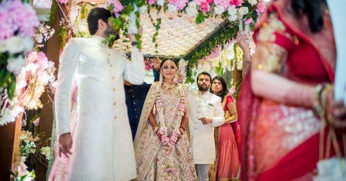 Gorgeous Mumbai Wedding With A Bride In The Most Popular Lehenga By Sabyasachi!