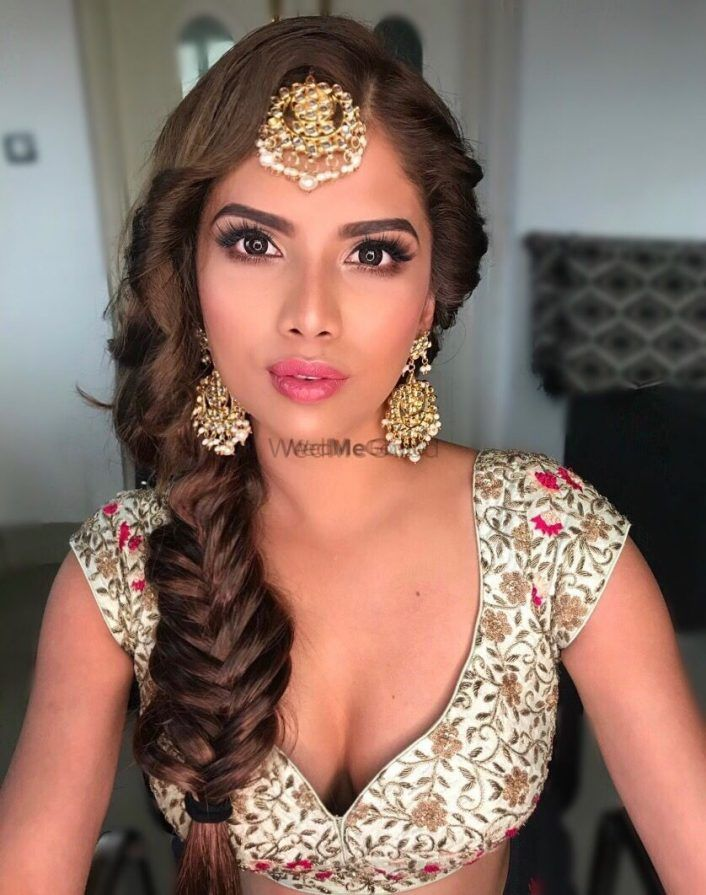 35+ Bridal Braids On Indian Brides That We Are Loving Currently!