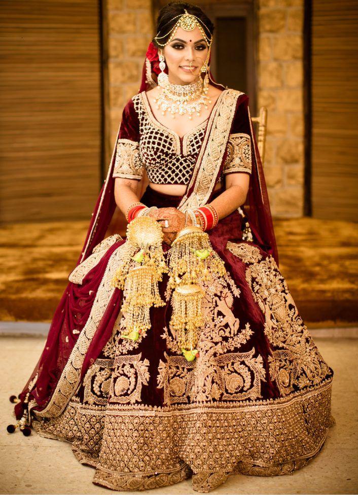 Glam Delhi Wedding With A Bride In Unique Kaleere!