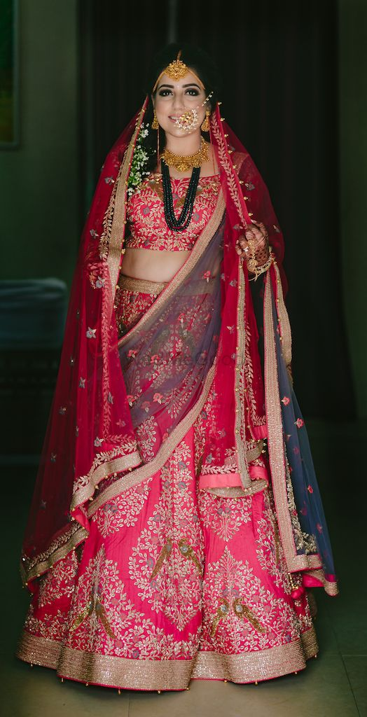 Simple & Glamorous Delhi Wedding With A Touch Of Drama!
