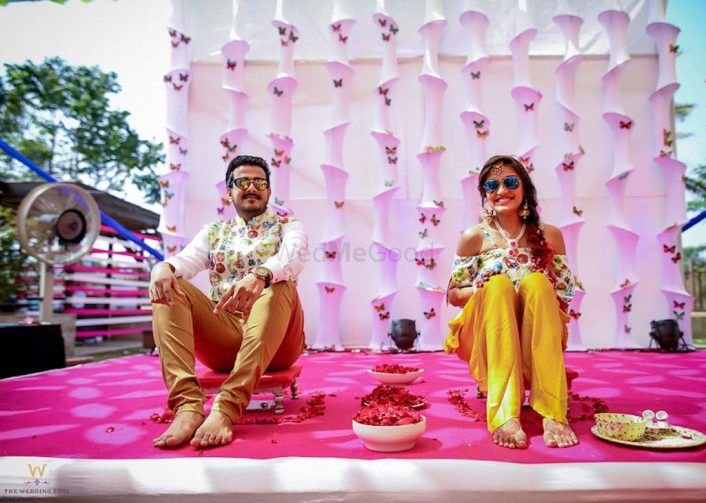 Quirky Karjat Wedding With A Gatsby-Themed Sangeet And A Fab Haldi Pool Party!