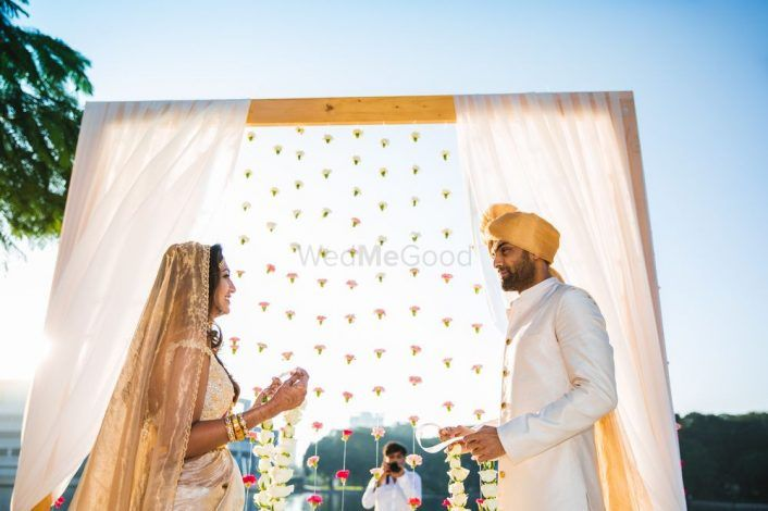 The Best Minimalist Decor We Spotted In Real Weddings!