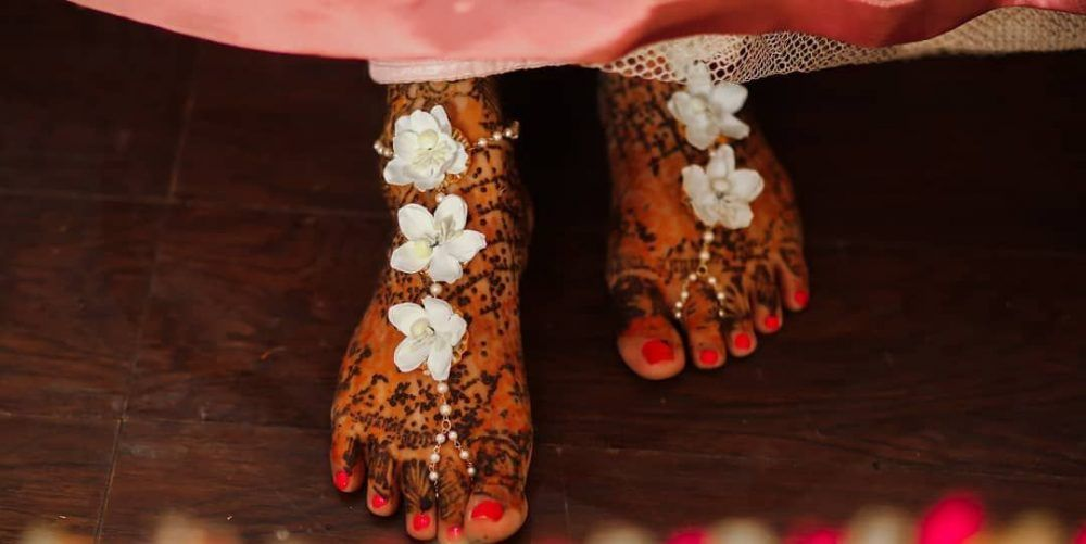 Swoon Worthy Floral Anklets We Spotted And Absolutely Loved