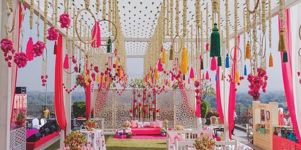 How To Incorporate Tassels In Your Wedding Decor