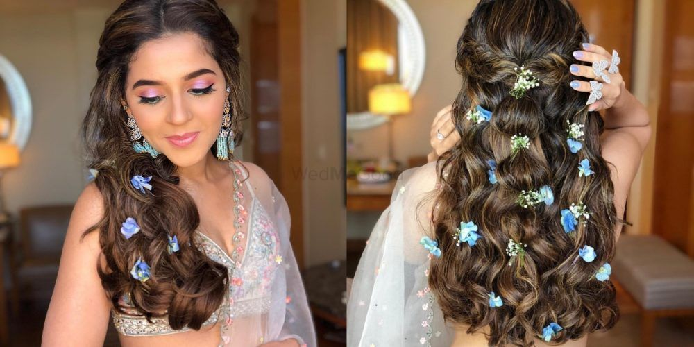 Why Flowers In Open Hair Are The Best Way To Add A Touch Of Glam In Your Mehendi Hairstyle!