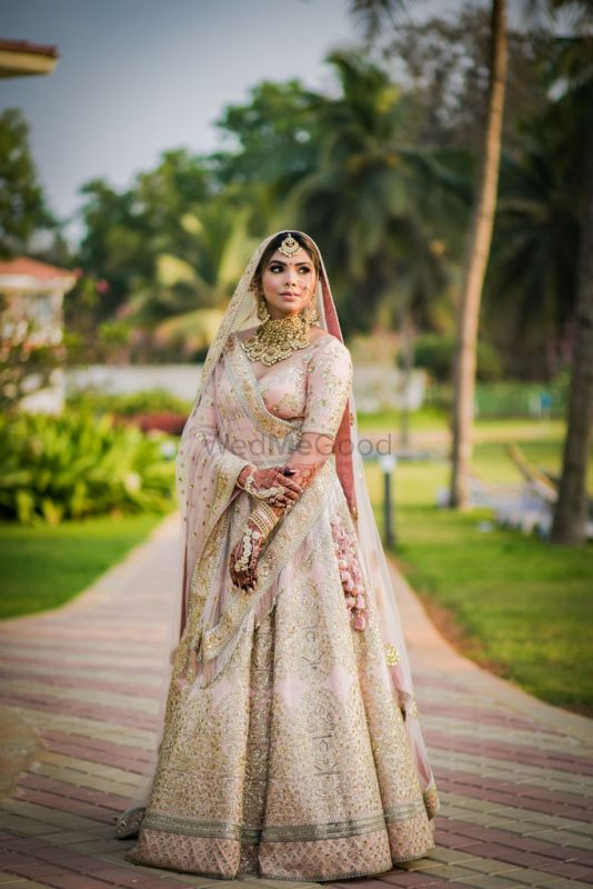 A Beautiful Goa Wedding & A Bride With Her Own Baraat