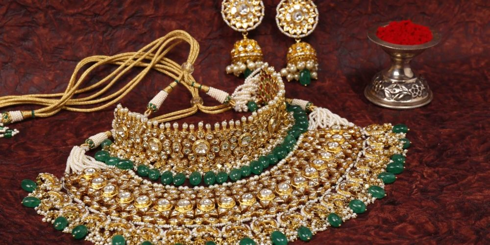 15 Must Have Artificial Bridal Jewellery Sets (with price).