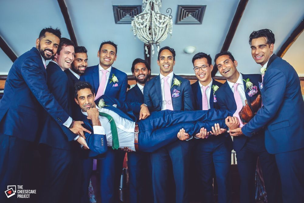 5 Groomsmen Gifts That Are Beyond Just Booze