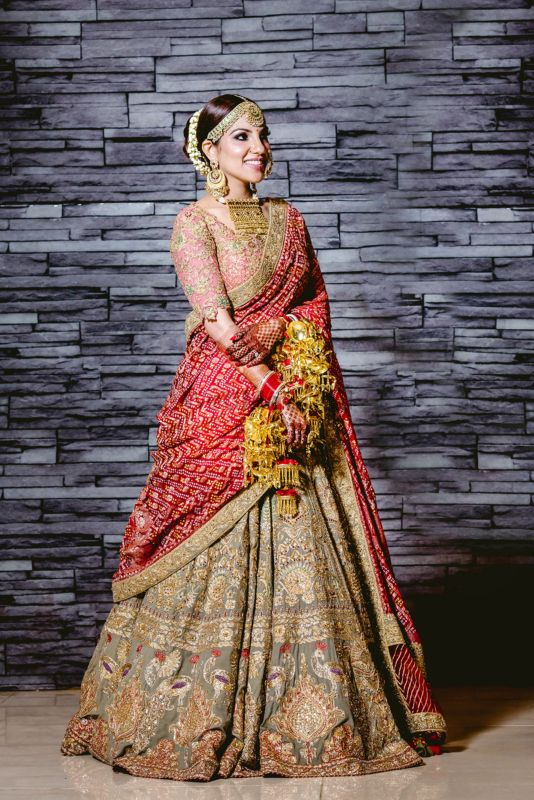 5 New Bridal Dupatta Draping Styles 2019 Brides Should Definitely Give A Shot!